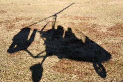 Unser Schatten vom Gyrocopter beim Ladeanflug in Ummern