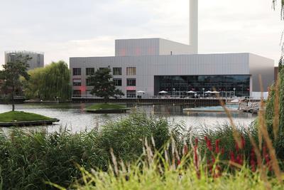 Baudokumentation der neuen Veranstaltungshalle 'Hafen 1' in der Autostadt in Wolfsburg